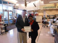 Winn Dixie cashiers given customer service award